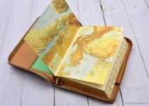 БИБЛИЯ КАНОНИЧЕСКАЯ РУЧНОЙ РАБОТЫ. Светло-коричневый цвет, натуральная кожа, кнопка, молния, индексы, золотой обрез, держатель для ручки, 3 закладки /145х205/