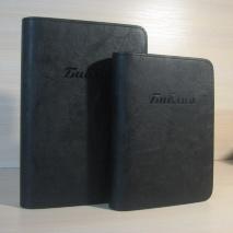 ЧЕХОЛ НА БИБЛИЮ. Черный цвет, кож. зам. полиуретан, пластик, молния /разные размеры/