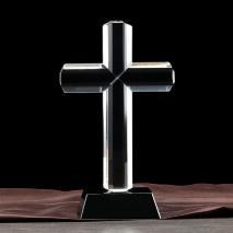 БОЛЬШОЙ КРЕСТ ИЗ ЗАКАЛЕННОГО СТЕКЛА
