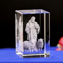 3D Кристалл с лазерной гравировкой: «ДОБРЫЙ ПАСТЫРЬ»