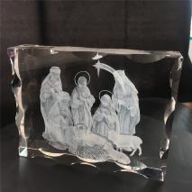 3D лазерная гравировка в закаленном стекле: «МЛАДЕНЕЦ ИИСУС» /Вращающаяся подсветка, рифленые края/